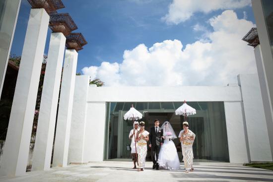 巴厘岛蓝月教堂婚礼 bali bluemoon玻璃教堂婚礼